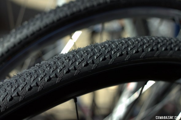 The Hutchinson Mamba and Toro tubular cyclocross tires will be available before the 2013 cyclocross season. © Cyclocross Magazine