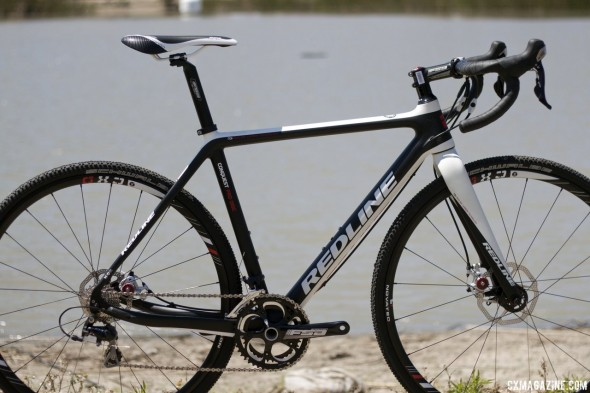 The 2014 Redline Conquest Pro carbon disc brake cyclocross bike. © Cyclocross Magazine