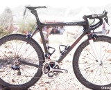 Calfee's new Manta Pro softtail suspension platform road bike, but a cyclocross version is coming soon. © Cyclocross Magazine