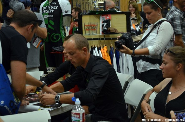 The man of the hour, Sven Nys signs autographs before CrossVegas. © Cyclocross Magazine