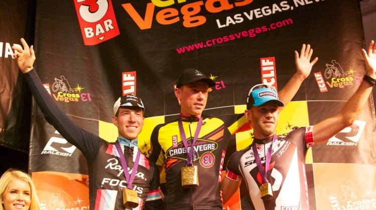 Sven Nys stands tall above Jeremy Powers and Geoff Kabush. Cross