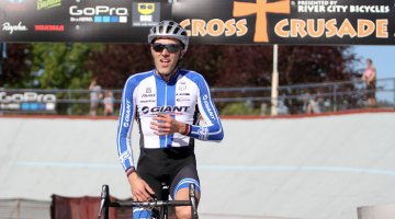 Decker takes the men's win at Alpenrose.