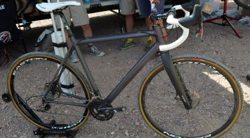 A look at the newest Van Dessel, the Aloominator. © Cyclocross Magazine