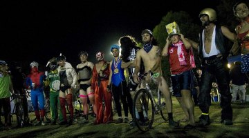 SoCal's Spooky Cyclocross draws out super heroes. © Eric Colton