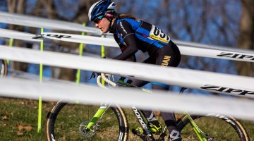 Kaitlin Antonneau, flying her collegiate colors, leads the race. © Kent Baumgardt