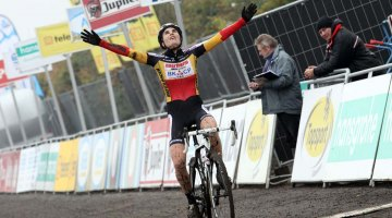 Sanne Cant, shown here at Superprestige Gavere 2013, added yet another win to her resume today. © Bart Hazen / Cyclocross Magazine