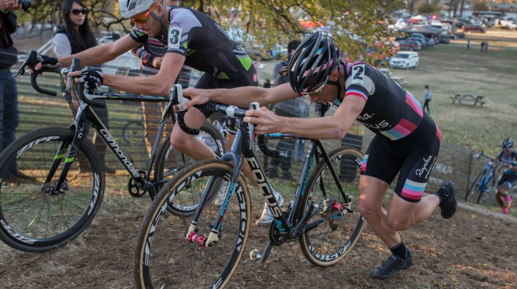 Ryan Trebon and Jeremy Powers fought for the lead for the entire final lap on Saturday. © Wil Matthews