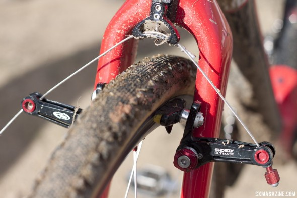 Challenge Chicane tubulars and Avid Shorty Ultimate cantilevers (the winning brake of Sunday). Goguen set up his front brake in wide-profile, mud-clearance format. Swiss Stop Yellow King pads. © Cyclocross Magazine