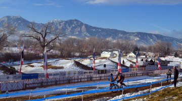 The Masters men took to the course in chilly conditions this morning. © Cyclocross Magazine