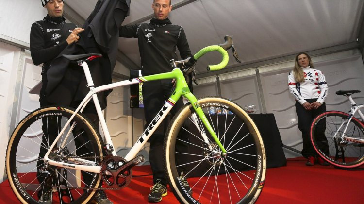 Sven Nys and Sven Vanthourenhout unveil their new Crelan-AA Drink Trek Boon team bikes. © photopress.be