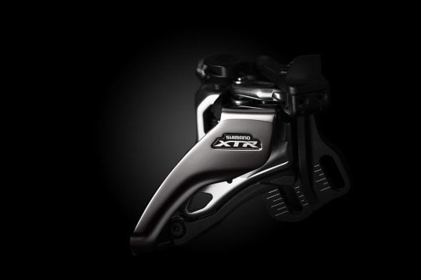 Different mounting options are available for the XTR 9000 front derailleur, but the whole unit is optional if you go single ring.