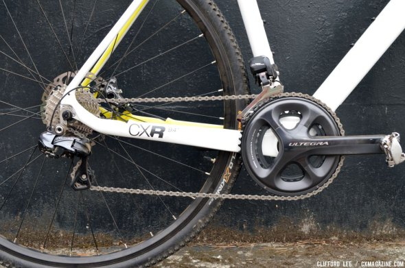 Electronic shifting and disc brakes: the new normal for high end 'cross bikes. © Clifford Lee