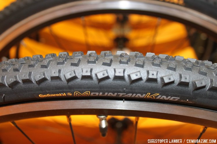 The Mountain King, here as a cyclocross clincher, will also be in Continental's tubular range. All tubulars are sewn up in Korbach. © Christopher Langer