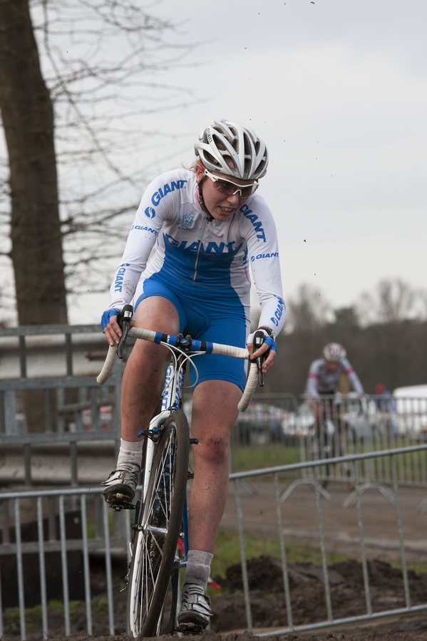 Annefleur Kalvenhaar was a U23 Dutch cyclocross and XC racer showing enoumous potential. Photo credit from Hans905 on flickr.