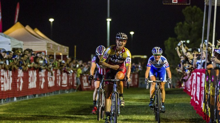 Meredith Miller (Noosa) taking the win. 2014 CrossVegas © Thomas van Bracht / Peloton Photos