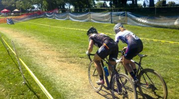 Van Gilder going elbow-to-elbow with Noble to take the 2014 Nittany Lion Cyclocross Day 2 win. © Cyclocross Magazine