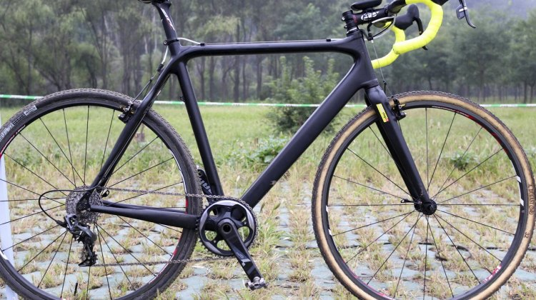 Unlike the familiar yellow and white of the Telenet/Fidea Ridley that Al rode last year, he used a matte black Ridely as his post-retirement ride. © Cyclocross Magazine