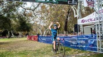 Amanda Nauman has quite a streak going in SoCalCross. © Philip Beckman/PB Creative