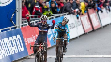 Pauline Ferrad Prevot (France) wins her first Cyclocross World Championships, outsprinting Sanne Cant (Belgium). 2015 World Championships, Tabor. © Matthew Lasala / Cyclocross Magazine
