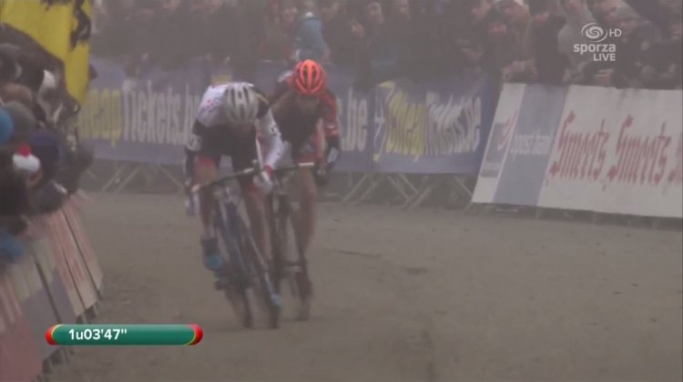 Van Aert and Van der Poel battled to the end of the race in what has led to one of many epic battles leading to worlds. Footage from Sproza
