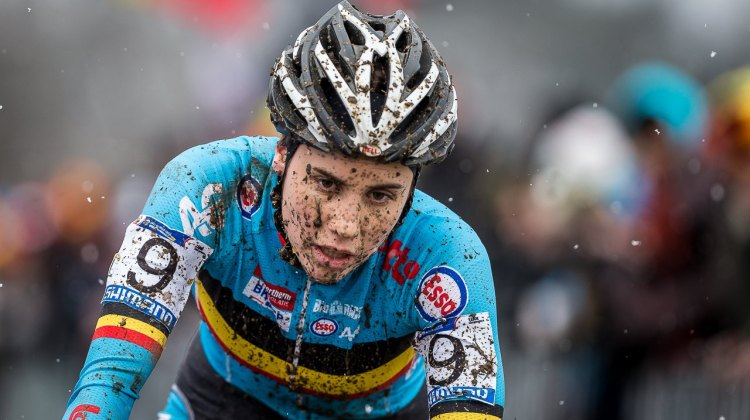 Sanne Cant has had a successful season, winning the World Cup and earning silver in Tabor, despite her frustration with being so close to gold. Elite Women, 2015 Cyclocross World Championships. © Mathew Lasala / Cyclocross Magazine