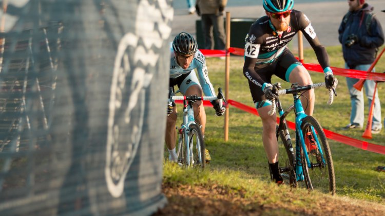 Craig Etheridge leading Adam Myerson as the two fight for top ten finishes in the singlespeed race at the 2015 Cyclocross National Championships. © Cyclocross Magazine