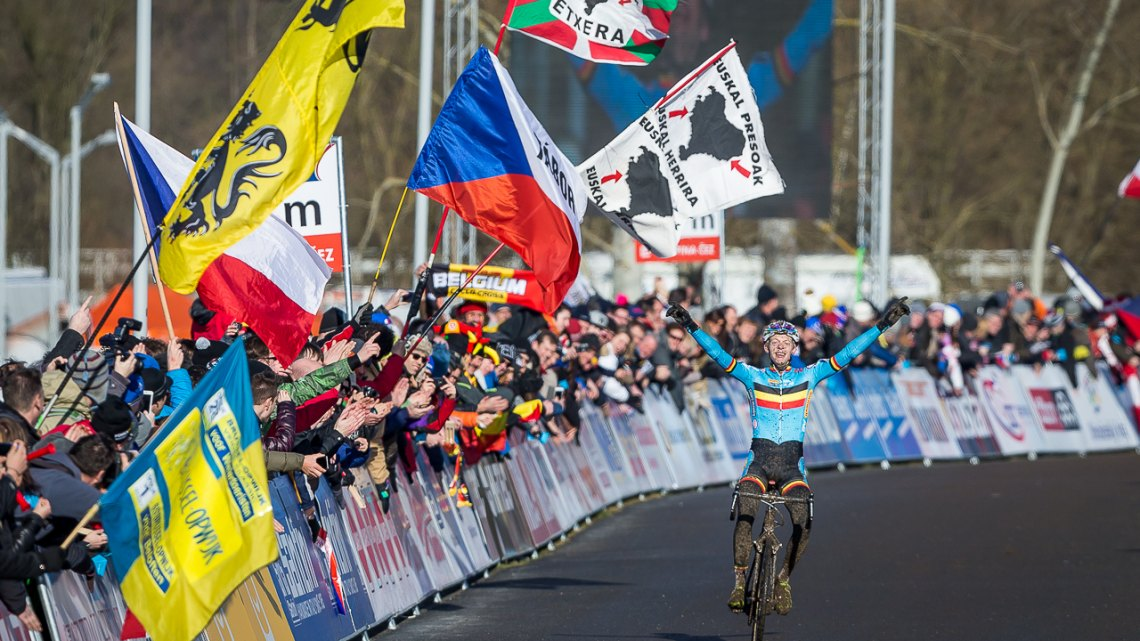 Vanthourenhout finished second behind Wout van Aert in 2014, and went clear for the win at the 2015 U23 Men Cyclocross World Championships. © Matthew Lasala / Cyclocross Magazine