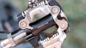 Many European pro cyclocross racers, including Sven Nys, were using prototype Shimano SPD pedals - similar to what he's used for the previous two seasons at CrossVegas. © Cyclocross Magazine