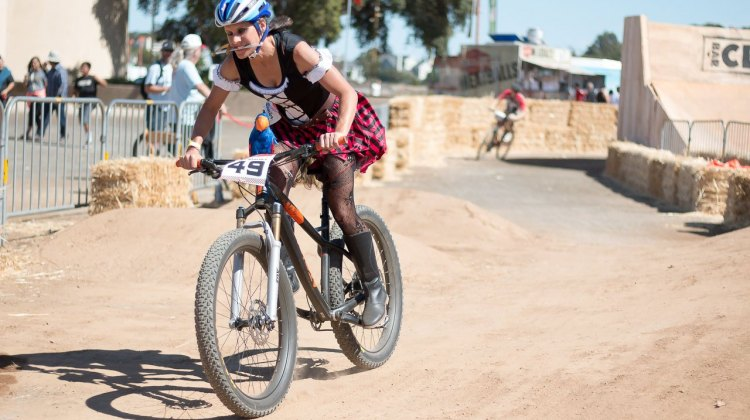 Nash showed her CrossVegas World Cup-winning form and agression, playfully chopping racers but didn't make the finals. 2015 ClifBar Cykel Scramble. © A. Yee / Cyclocross Magazine