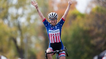 Ellen Noble took the lead early and never looked back to claim the women's Pan-American U23 title.