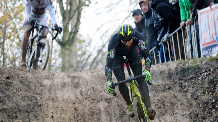 Sven Nys leads Wout van Aert into a sandy downhill at the 2015 Koksijde World Cup. © A. Reimann / Cyclocross Magazine