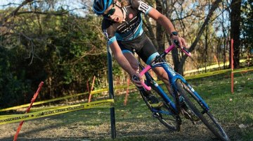 Driscoll laid it all on the line at Highlander Cross Cup, day 1. © Bo Bickerstaff
