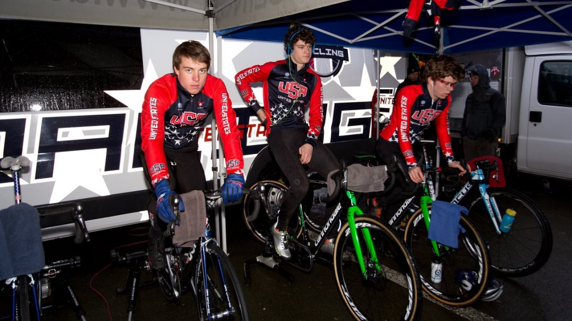Team USA warming up and staying dry. © Danny Zelck / Cyclocross Magazine
