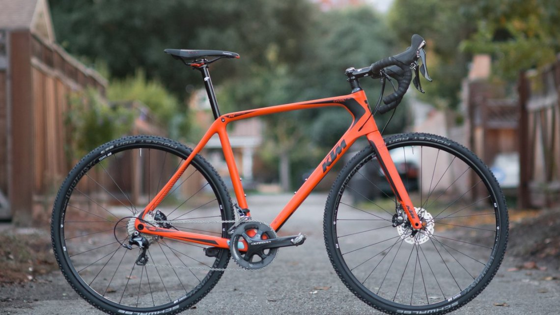 KTM Canic CXC cyclocross bike is at home on the cyclocross coure, but it can also double as a rough road bike, dirt road machine, or back alley cat racer. © A. Yee / Cyclocross Magazine