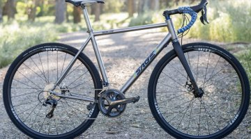 Sage Cycles Barlow Titanium gravel bike. ©️ Clifford Lee / Cyclocross Magazine