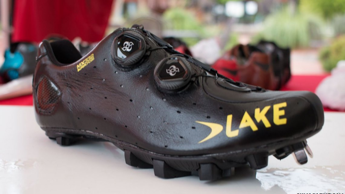 Lake Cycling's MX332 Super Cross cyclocross shoe. ©️ Cyclocross Magazine
