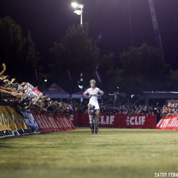 Wout van Aert came back from a crash to win the 2016 CrossVegas World Cup. © Catherine Fegan-Kim / Cyclocross Magazine