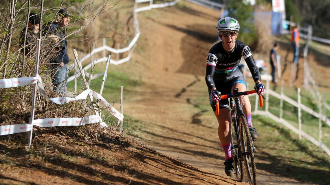 Jessica Cutler racing to second - Singlespeed Women, 2016 Cyclocross National Championships. © Cyclocross Magazine