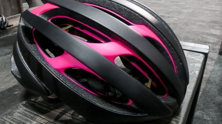 In this colorway, the pink polycarbonate layers act as a dynamic indication of layered material. © C. Noble / Cyclocross Magazine