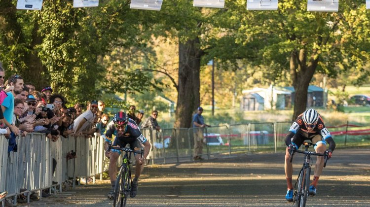 The Men's race came down to a photo finish with Kerry Werner Jr. just barealy snatching the win from Dan Timmerman © Mark Colton