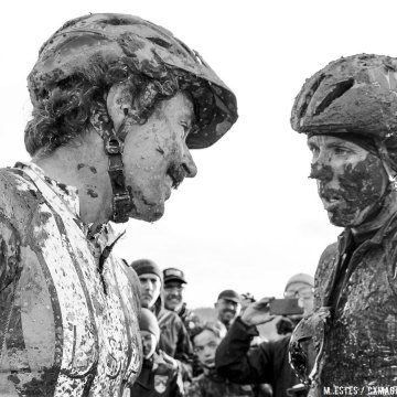 """Sven, hope you saved something for Part 2 of our battle tonight."" ""What?"" 2016 SSCXWC Men's Finals. © M. Estes / Cyclocross Magazine"