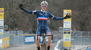 France's Antoine Benoist wins the 2017 Fiuggi UCI Cyclocross World Cup. Junior Men. Italy. © C. Jobb / Cyclocross Magazine