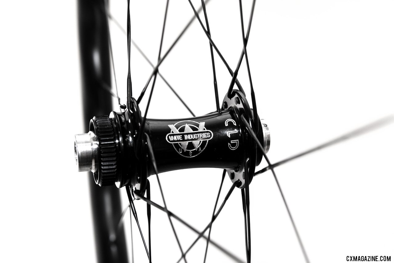 White Industries CLD center lock front hub. © C. Lee / Cyclocross Magazine