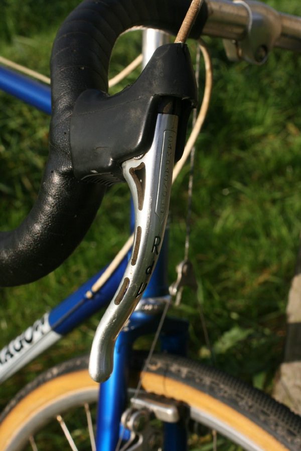 1980\'s PRO: Campagnolo Nuovo brake levers with custom \'RdV\' engr