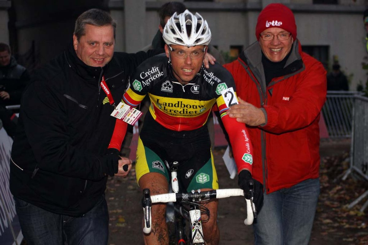 Sven Nys took his seventh career win at Asper-Gavere. © Bart Hazen