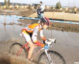 Gage Hecht drives through the muck © Cyclocross Magazine