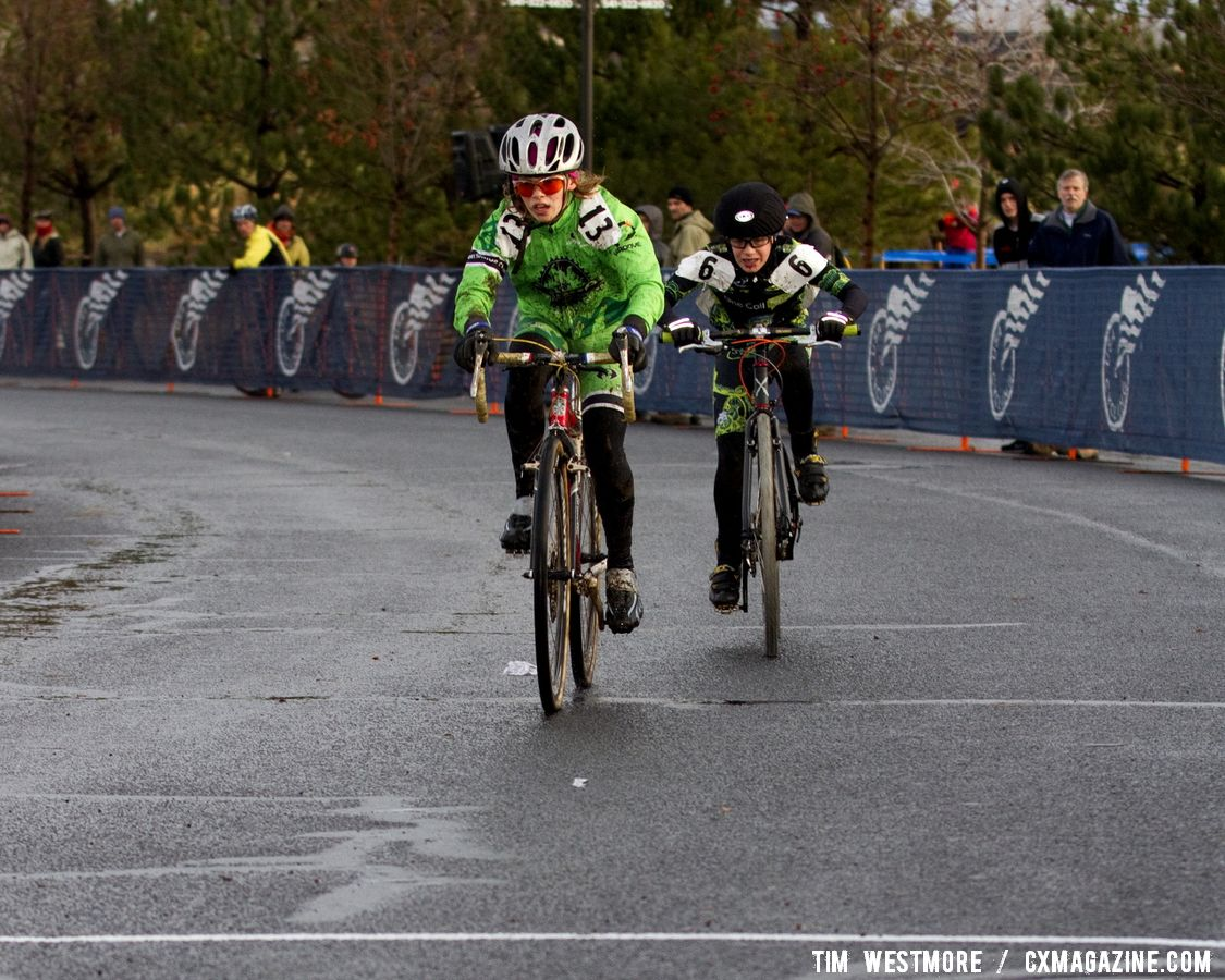 Ashley Zoerner wins the Junior 10-12 women's race. © Tim Westmore