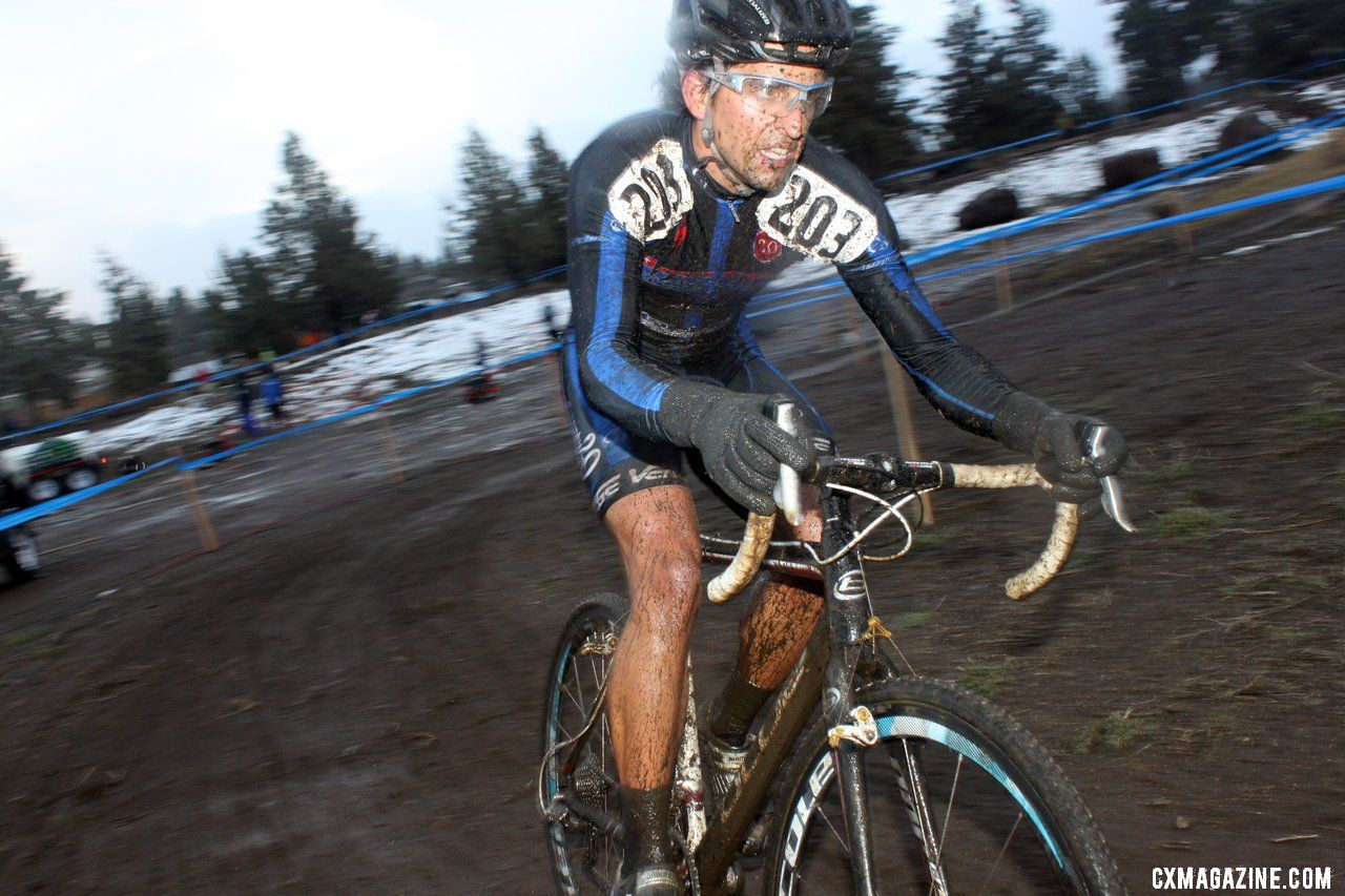 Wes Schempf plows through the mud on his way to the podium. © Cyclocross Magazine