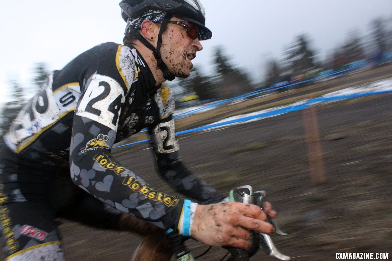 Josh Snead finished sixth in the competitive 30-34 race. © Cyclocross Magazine