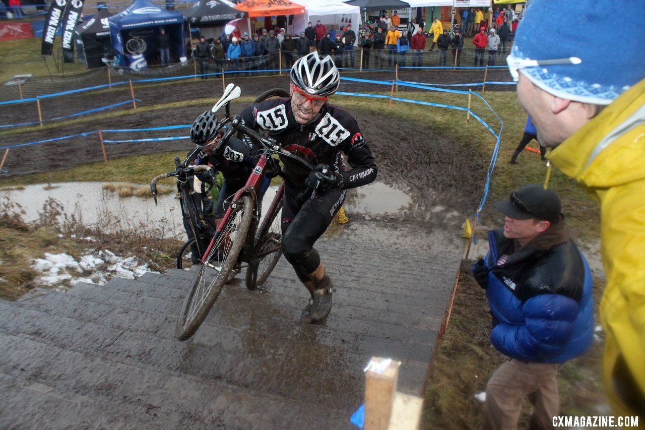 Peterson doing his best to keep second place. © Cyclocross Magazine